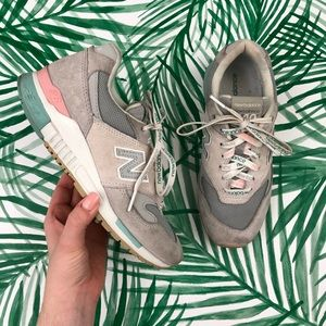 New Balance 840 Revlite Suede Classic Sneakers 7